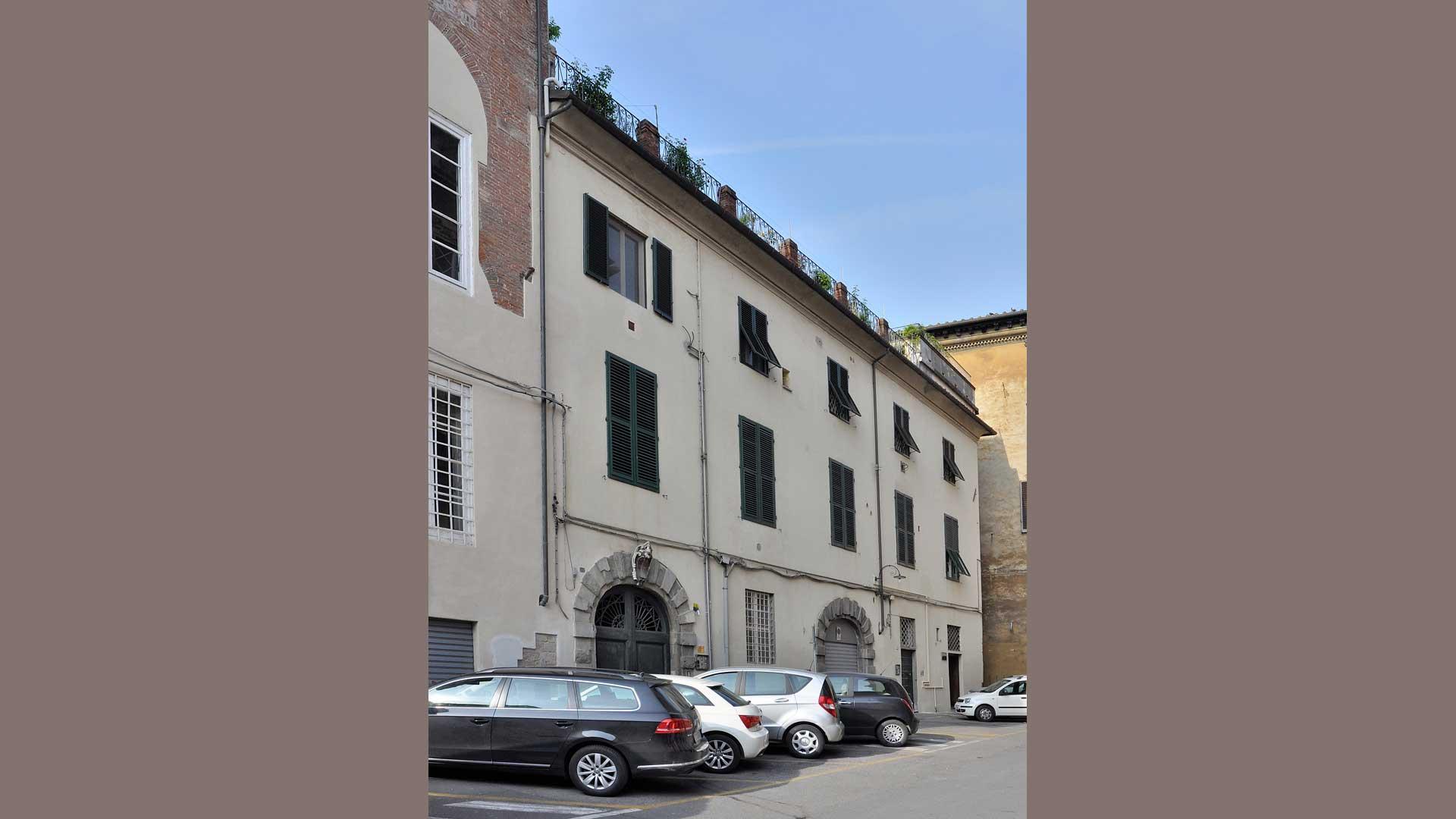 Palazzo Burlamacchi