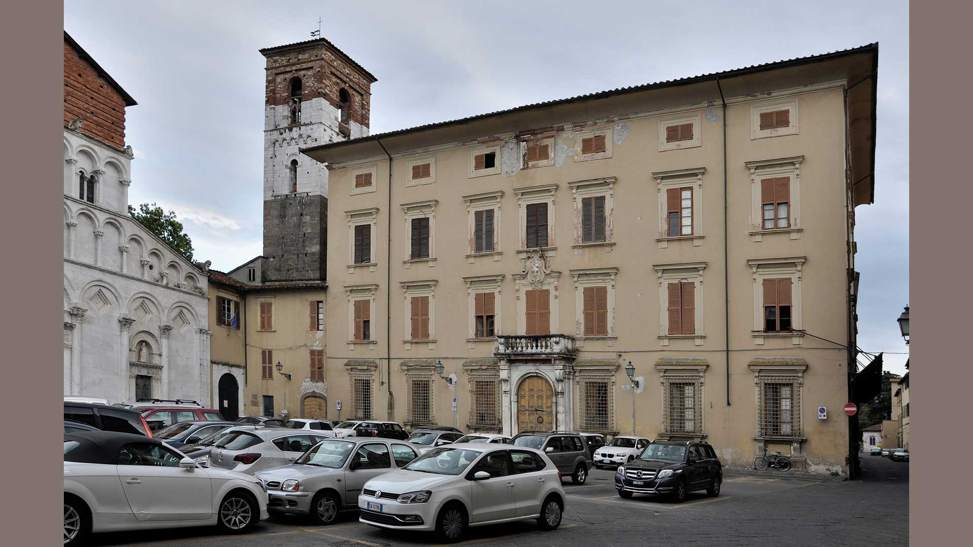 Palazzo Mansi già Sirti